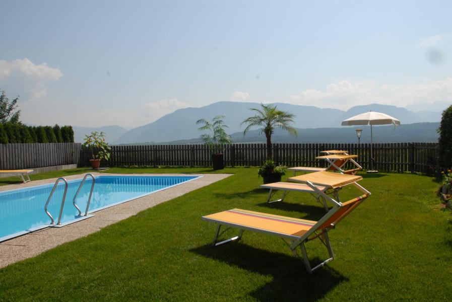 schwimmbad pool im hotel r merrast in kaltern. Black Bedroom Furniture Sets. Home Design Ideas